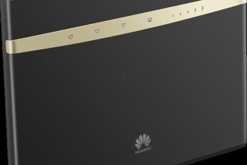 Huawei B525 finns i svart eller vitt.